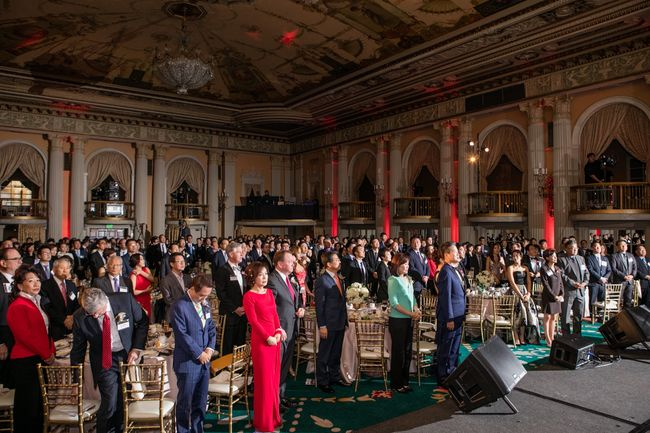 L.A.'s Korean-American community organizations are relocating their annual year-end events to Koreatown over downtown for easier access and lower costs. The above is a photo from the L.A. Korean Chamber of Commerce's annual gala at the Millennium Biltmore Hotel in downtown last March.