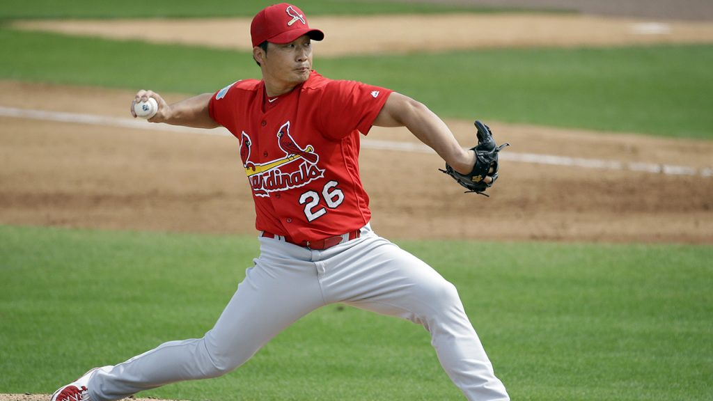 St. Louis Cardinals relief pitcher Seung Hwan Oh throws during the fourth inning of an exhibition spring training baseball game against the Miami Marlins Saturday, March 5, 2016, in Jupiter, Fla. (AP Photo/Jeff Roberson)